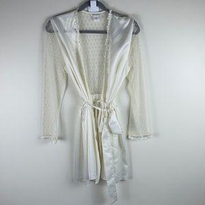 Flora Nikrooz Sheer Lace Short Robe Size M